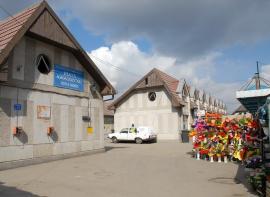 Comercianţii din Ioşia au adunat peste 1.000 de semnături împotriva desfiinţării pieţei