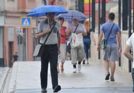 Ploi peste Bihor! Meteorologii anunţă averse şi răcirea vremii