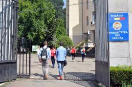 La refăcut! Carta Universităţii din Oradea nu a primit avizul Ministerului Educaţiei