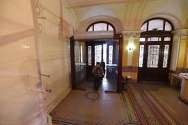 Intrarea principală în Primăria Oradea va fi închisă începând cu 10 februarie pentru lucrări de reabilitare (FOTO)
