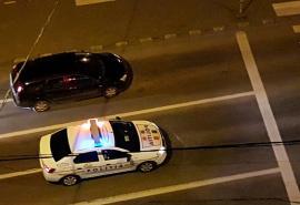 'Vă rugăm rămâneţi în casă!'. Poliţia le spune orădenilor prin megafoane să respecte regulile anti-coronavirus(VIDEO)