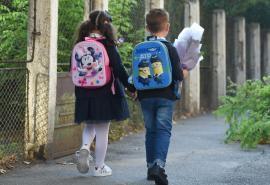 Copii izolați, părinți infectați