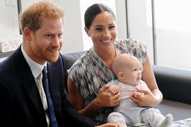 Prinţul Harry şi Meghan Markle se îndepărtează de Casa Regală şi vor să-şi câştige propriii bani