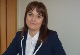 Rector, impostor dovedit! Şefa Universităţii din Arad, care l-a 'furat' şi pe omologul ei de la Oradea, confirmată ca plagiatoare