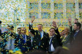 Preşedintele României şi PNL şi-au dat mâna pentru Referendumul pe Justiţie. Klaus Iohannis: 'Pe 26 mai, mergem la vot să arătăm lumii că suntem un neam de oameni cinstiţi, nu de hoţi!'