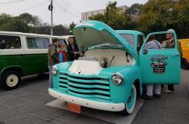 Retroparada toamnei: 'Bătrânele doamne' expuse în centrul Oradiei (FOTO)