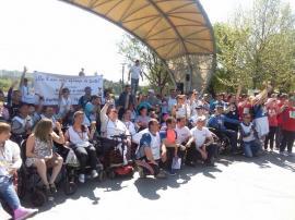 """""""Ridică-te și umblă"""": O cunoscută asociaţie naţională pentru persoanele cu dizabilități deschide filială şi în Oradea"""