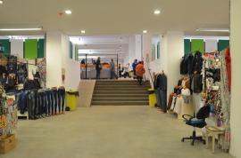 ADP Oradea: licitație cu strigare pentru închirierea unor spații comerciale în Rogerius