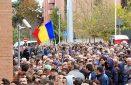 Studiu: Mai puţin de jumătate din românii plecaţi din ţară ar vrea să se întoarcă acasă. Şi aceia de dragul familiei şi prietenilor
