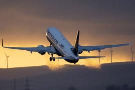 Consiliul Local a decis: Zborurile Ryanair de pe Aeroportul Oradea au fost amânate până în luna iulie