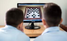 Maestrul FIDE Alexandru-Ovidiu Stanciu este primul campion al judeţului la şah online blitz