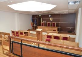 """Nu """"închid"""" instanțele: Judecătorii din raza Curţii de Apel Oradea sunt nemulțumiți de eliminarea pensiilor speciale, dar nu protestează"""