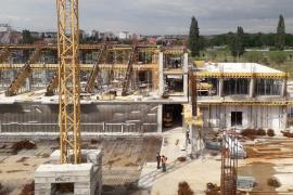 Lucrările de construire a noii săli polivalente au fost realizate în proporţie de 40% (FOTO)