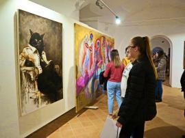 S-a deschis Salonul Anual de Artă al UAP Oradea, în Cetate. Vezi ce lucrări sunt expuse! (FOTO)