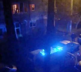 Panică şi în Oradea: Ambulanţa şi Poliţia, acuzate că au intervenit târziu şi cu bâlbe la o urgență în cazul unei familii aflate în izolare (VIDEO)