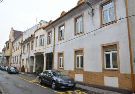 Compania de Apă Oradea își suspendă programul de relații cu publicul. Cetățenii, îndemnați să comunice online
