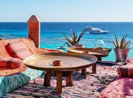 Curse charter de la Oradea spre Sharm El Sheikh, Hurghada şi Antalya. Află de când!