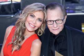 Celebrul om de televiziune Larry King divorțează la 85 de ani de cea de-a șaptea nevastă