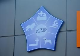 ADP angajează medic veterinar