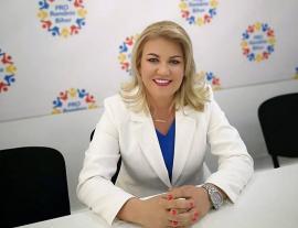 Fosta atletă Simona Kadas a fost înlocuită de la șefia organizației de femei a Pro România Bihor, după ce BIHOREANUL a dezvăluit că a fost condamnată