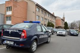 Percheziţii la Sânmartin: De ce au crezut localnicii că DNA a descins la Primăria comunei