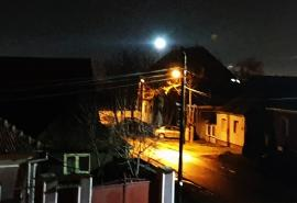 Lumină lină: Sistemul de balizaj de pe turnul CET Oradea s-a stricat... spre bucuria locuitorilor din Sântandrei