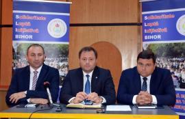 Sindicatul acuză: Clasele de învăţământ profesional au fost umflate din pix. Zece şcoli din Bihor s-au trezit cu specializări noi, impuse de la Bucureşti