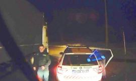 Să râdem de coronavirus! Un șofer român de TIR a scăpat de controlul polițiștilor maghiari când le-a spus că vine din nordul Italiei (VIDEO)