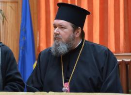Pace strâmbă: Episcopul Sofronie le-a sugerat preoţilor războinici din Rogerius să se potolească