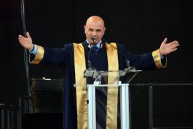 Scandal la şedinţa Senatului Universităţii din Oradea: Preşedintele Sorin Curilă şi-a anunţat demisia!