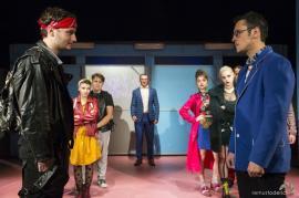 """""""Exploziv"""", despre bullying-ul în școală: Adolescenții orădeni, invitați la primul spectacol al trupei Arcadia dedicat lor (FOTO)"""