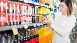 Sucurile se scumpesc! Guvernul vrea o taxă pentru băuturile cu mult zahăr