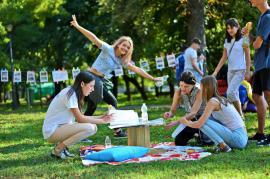 O vară altfel: Tinerii bihoreni își pot petrece vacanța făcând voluntariat, cunoscând noi prieteni și în diverse școli de vară (FOTO / VIDEO)