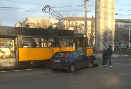OTL: Tramvaiele au staţionat din cauza unui cablu căzut şi din cauza unei tamponări