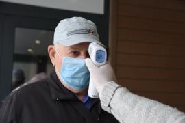 Municipalitatea orădeană pune la dispoziţia firmelor active termometre pentru testarea angajaţilor