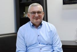 Cupidon nu se lasă: Primarul din Aleşd visează la un nou mandat, chiar dacă a fost declarat colaborator al Securităţii