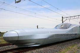 Japonezii testează trenul 'OZN', capabil să atingă 400 km/h! (FOTO/VIDEO)
