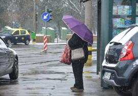Vine un val de frig: Vremea devine deosebit de rece, cu ninsori şi intensificări de vânt