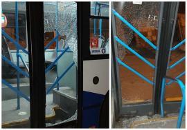 Autobuz vandalizat în Oradea: Ţigani beţi s-au certat şi, de nervi, au spart sticla dintr-o uşă (FOTO)