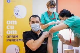 În oraşul Lehliu Gară, mulţi spioni se vaccinară...