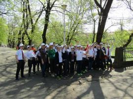 Curăţenie pe malurile Crişului, în Oradea: 80 de saci umpluţi cu gunoaie în doar 3 ore