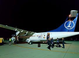 Cursa Tarom de Oradea, de miercuri seara, a fost anulată. Pasagerilor li s-a spus că vor zbura de la Cluj, dar nu i-a mai dus nimeni