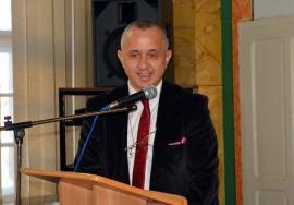 Zilele Colegiului Mihai Eminescu: Fost elev al şcolii, şeful Academiei Naţionale de Informaţii, Adrian Ivan, le-a povestit liceenilor despre meseria de 'James Bond' (FOTO)