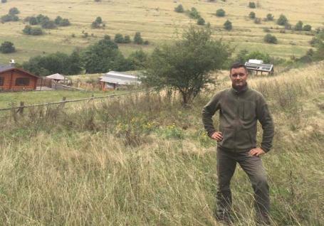 Hoțul paznic la codru: Agenţia ariilor protejate din Bihor e condusă de un hoţ de lemne, cercetat și pentru braconaj