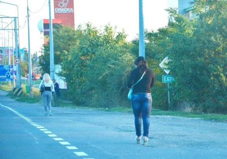 Curvele, la treabă! Primăria Oradea vrea să pună prostituatele cu datorii la muncă în folosul comunităţii
