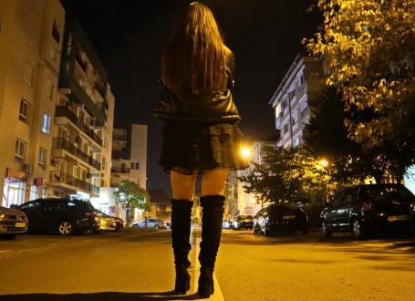 Salvată de pe Borșului: A fost scoasă din ghearele prostituției de un client care s-a îndrăgostit de ea!