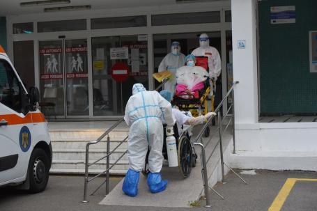 Covid în Bihor: 56 noi îmbolnăviri și trei oameni au murit. Puțin peste 200 de bihoreni vaccinați
