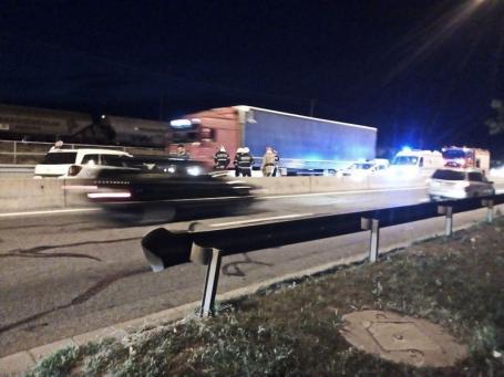 Accident pe centura Oradea. O femeie din Sântandrei și cei doi copii ai săi au ajuns la spital