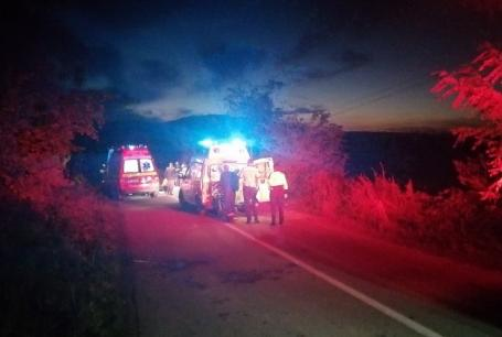 Ultima seară: Un motociclist de 39 de ani a murit, duminică, în Bihor după ce a izbit un Volkswagen (FOTO)