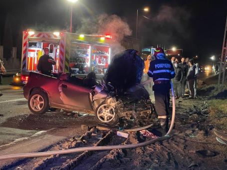 A murit șoferul Opelului izbit de BMW pe DN1 în Bihor. Avea 19 ani și era nevinovat! (VIDEO)